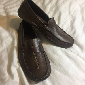 Clarks Real Leather Loafers Men's 9 NWOT BRAND NEW
